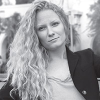 Jennifer Tate - Bio Photo - Web